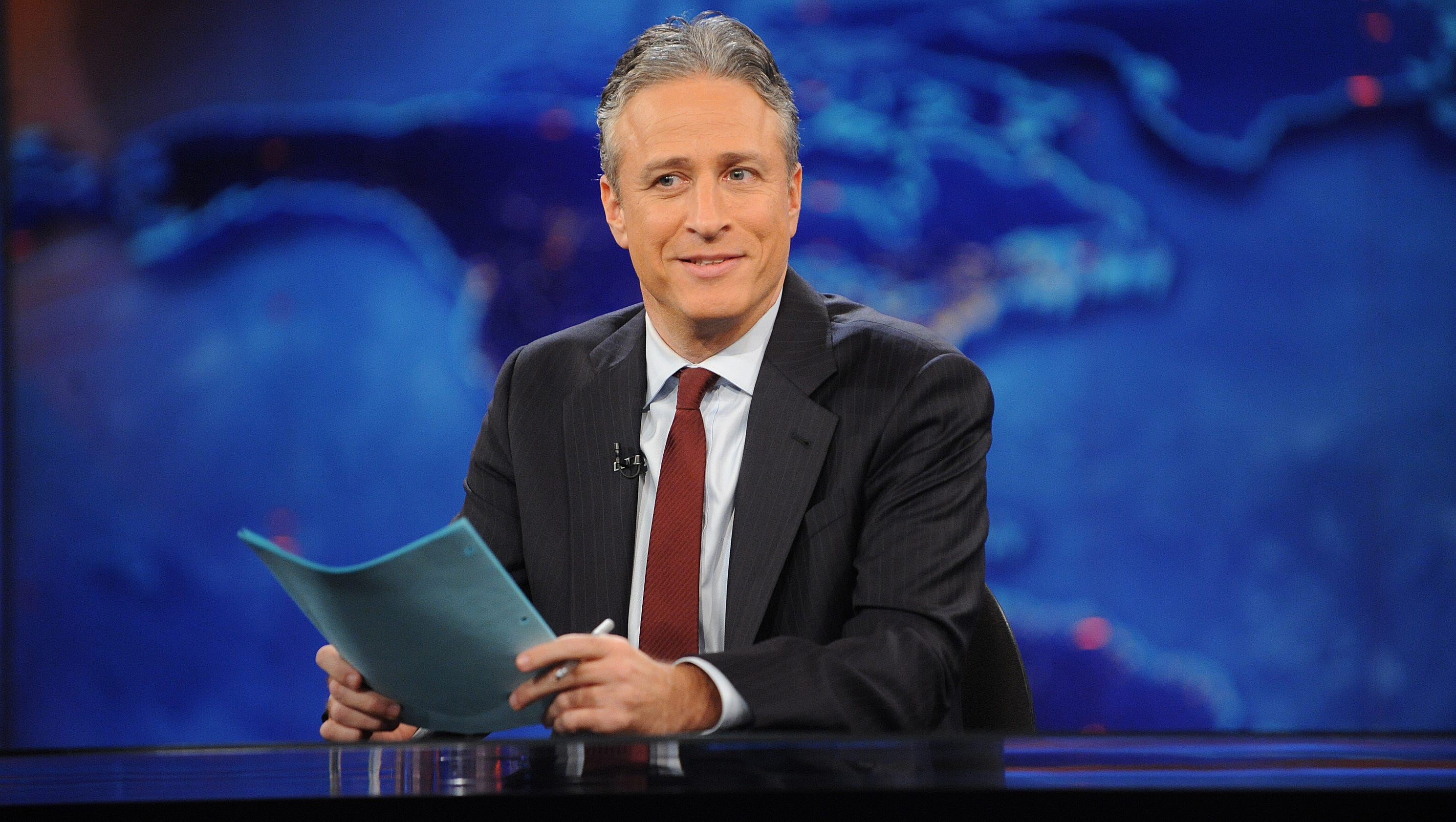 Jon Stewart returns to 'The Daily Show' to shame Congress