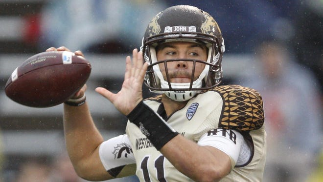 Western Michigan senior quarterback Zach Terrell threw for 3,526 yards and 29 touchdowns a year ago.