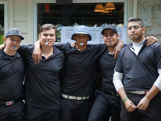 1 FRM golf team