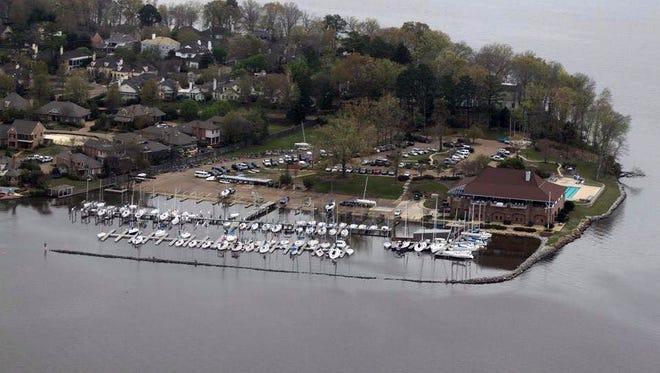 Jackson Yacht Club marina