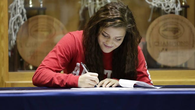 Kasey Kidwell signed with Austin Peay State University in Tennessee last week.