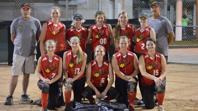 The Carolina Heat 18U softball team.