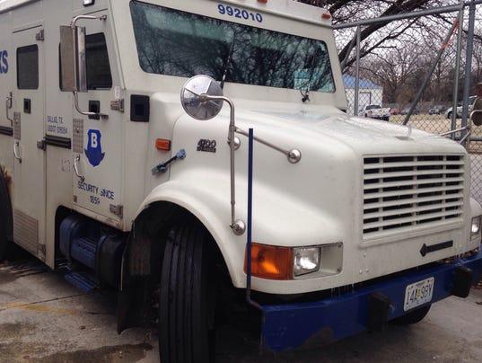 635889074183538738-armored-car.jpg