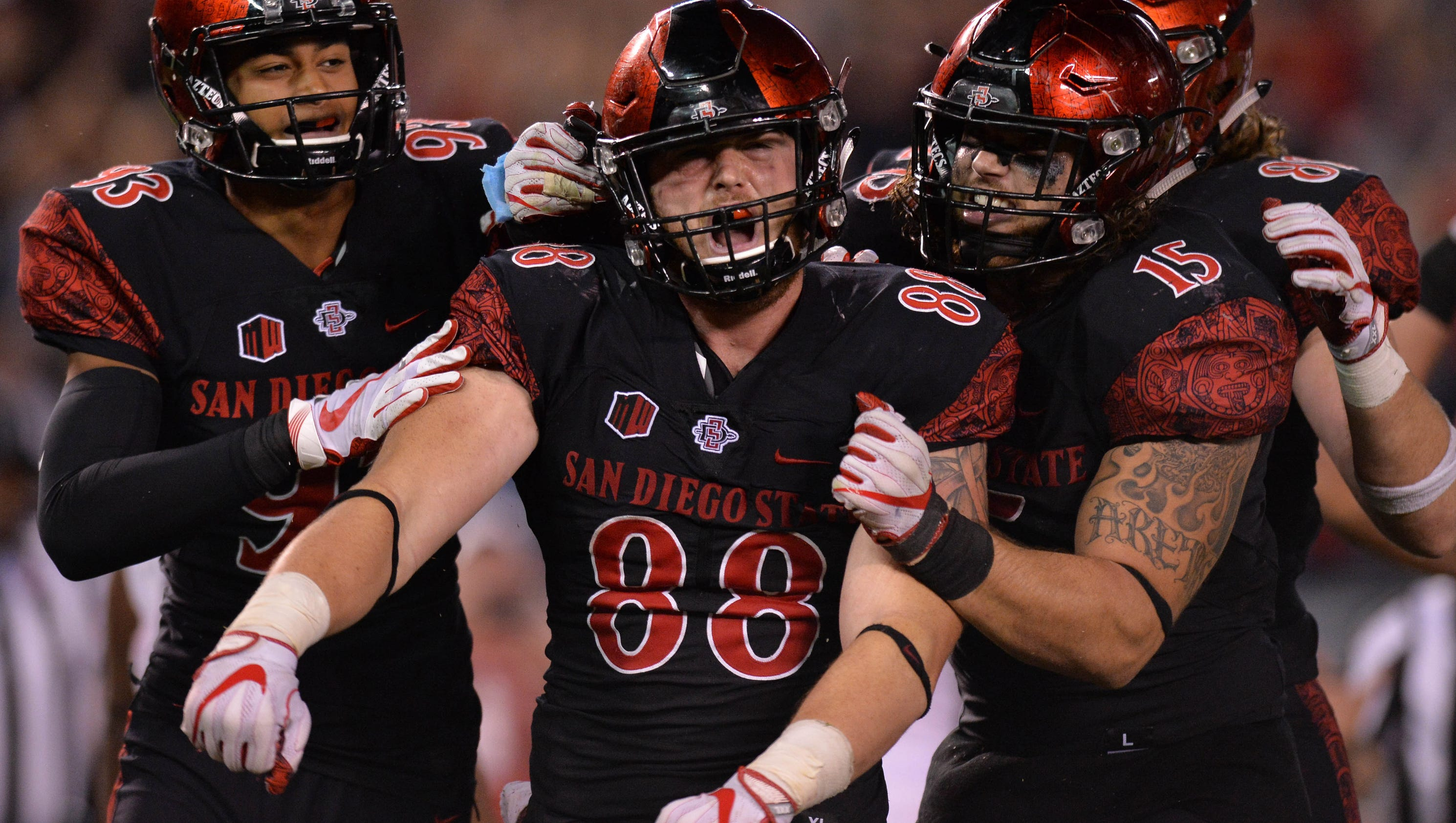 Bowl projections: San Diego State rises into New Year's Six bowl, while USC hangs on