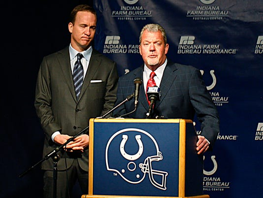 2013-10-14-colts-irsay-manning