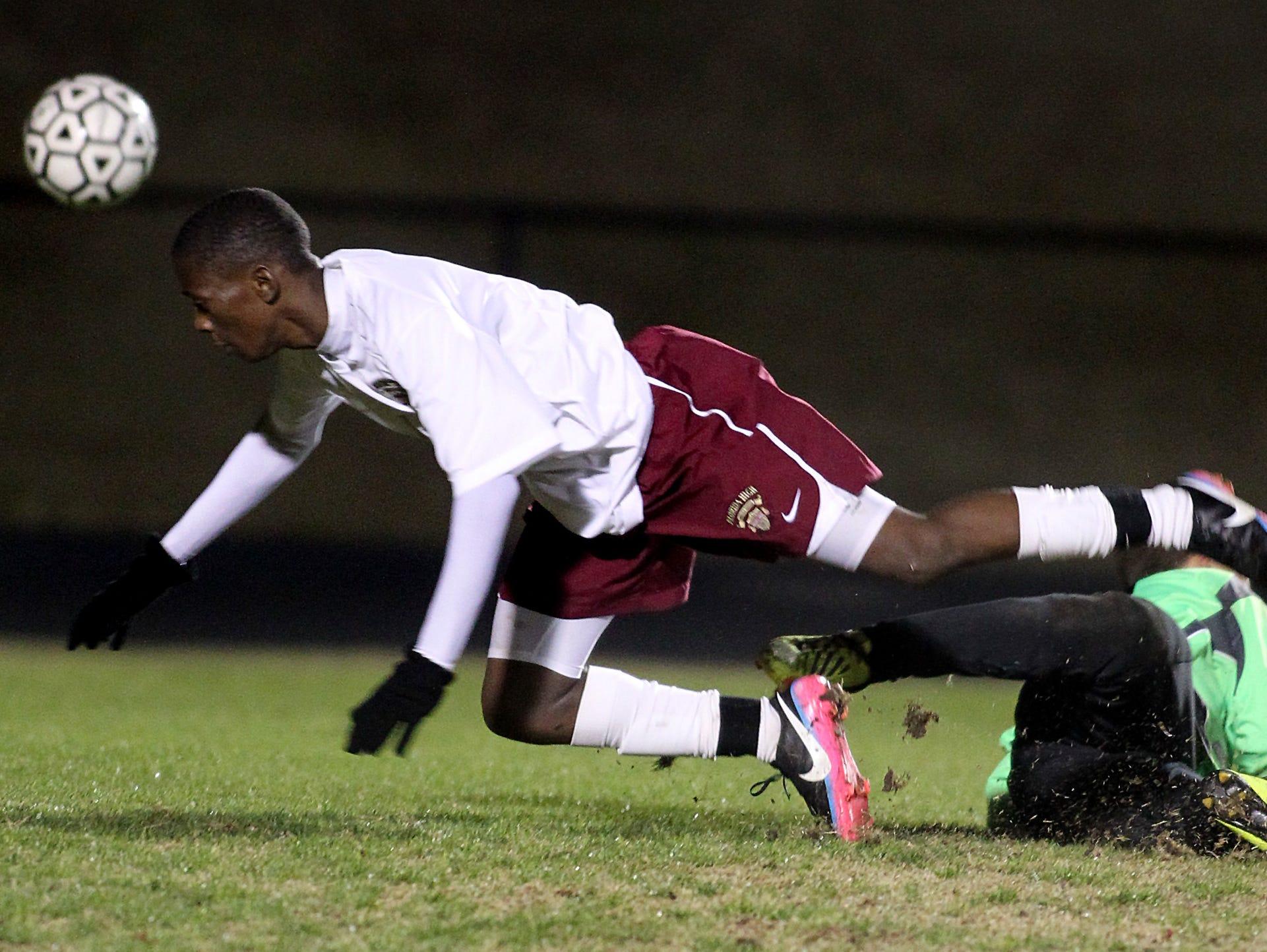Florida High will miss the veteran presence of midfielder David Mkoji, but the Seminoles also return a lot of talent.