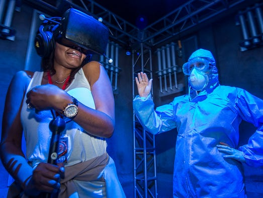 universal studios experiments with virtual reality this halloween