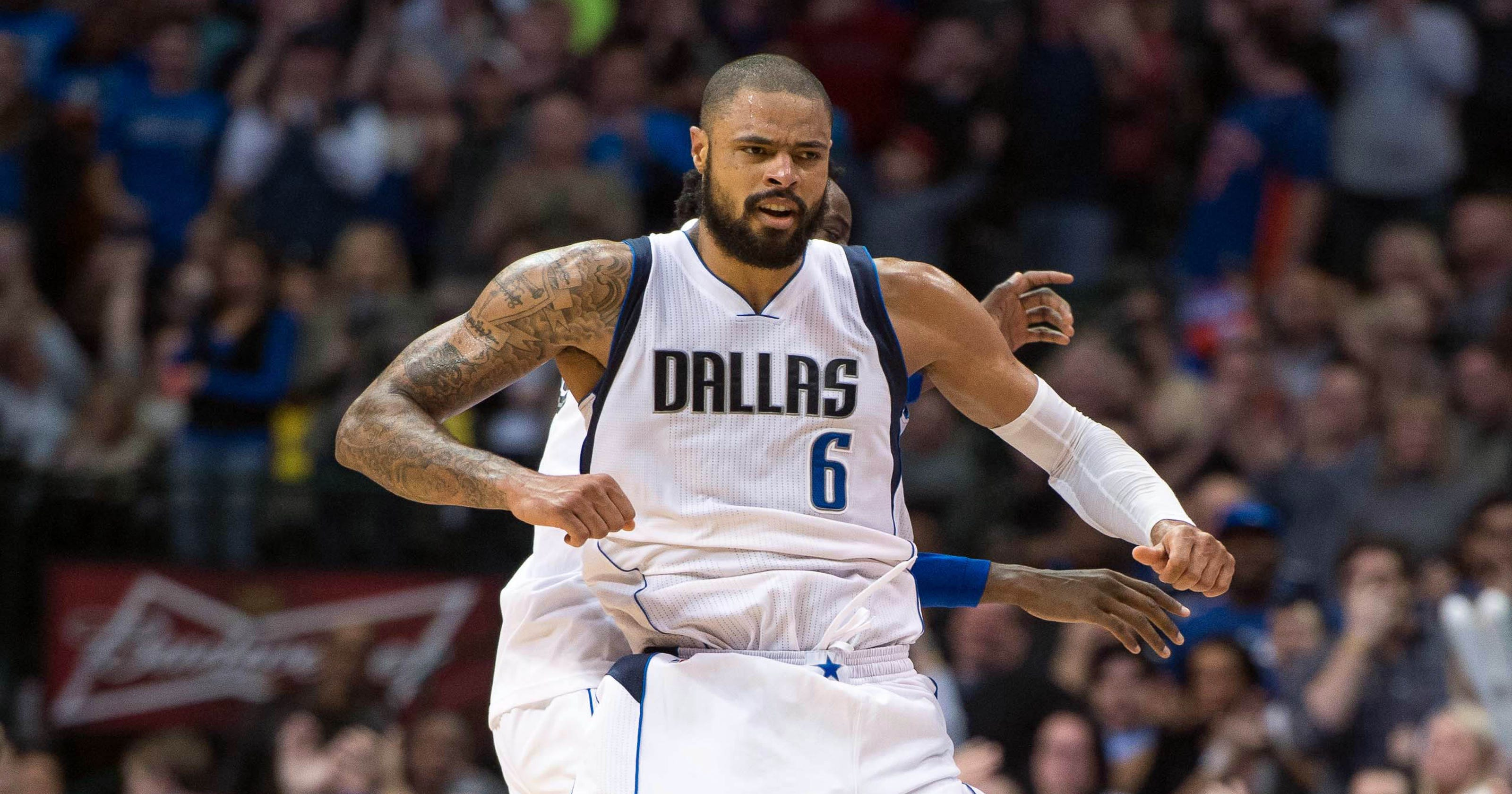 59adaffef548 Tyson Chandler punishes old team as Mavs drop Knicks