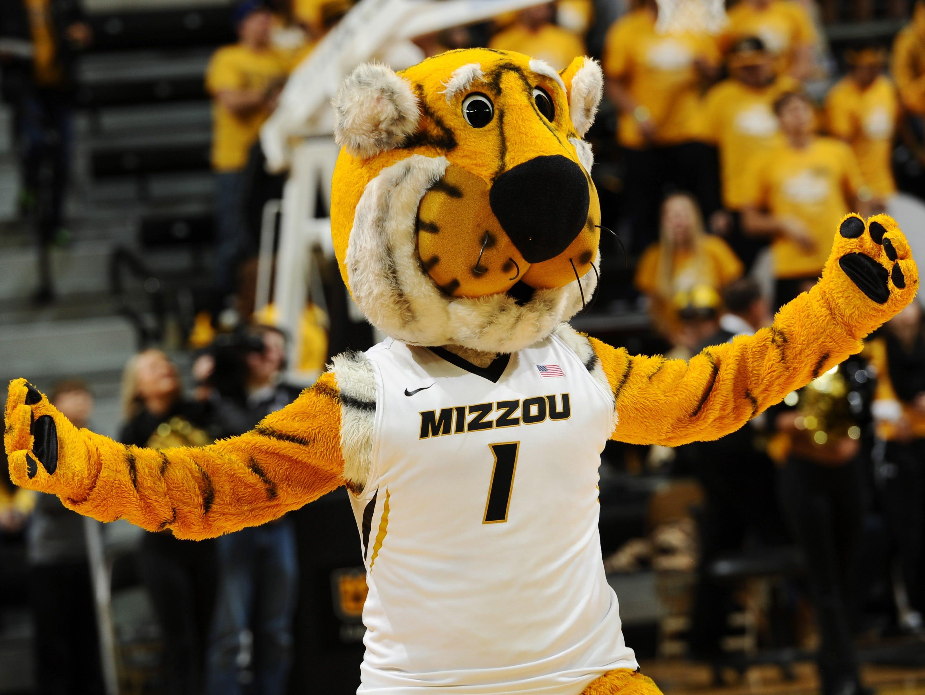 Missouri Tigers mascot Truman the Tiger