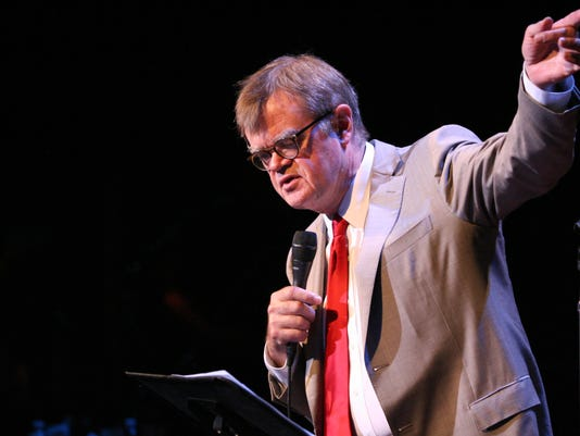GarrisonKeillor-lightsuit-creditPrairieHomeProductions.jpg