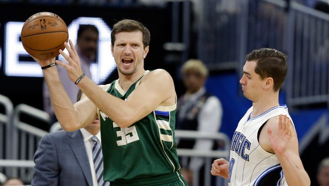 Mirza Teletovic was averaging 7.1 points per game and shooting 46.7% from three-point range before undergoing knee surgery.