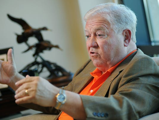 TCL Haley Barbour 03.jpg