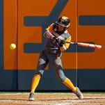 Tennessee softball remains undefeated