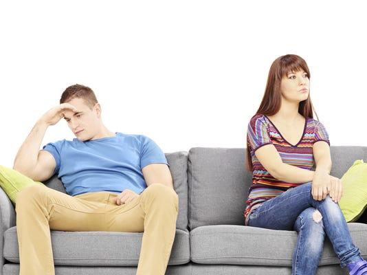 5 money habits of unhappy couples