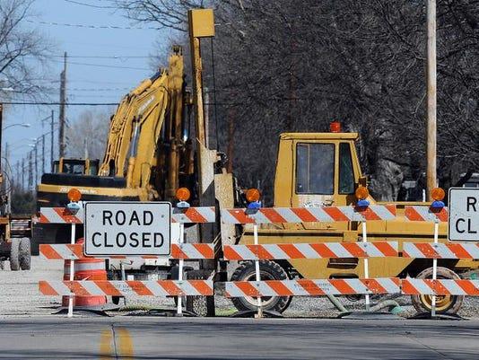 -OSH Road Construction 040914 JS 01.jpg_20140409.jpg