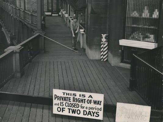 Milwaukee RiverWalk, 1949