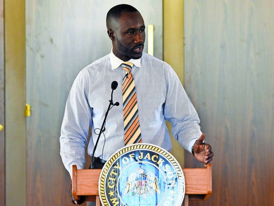 635905442868727691-Mayor-Yarber.jpg