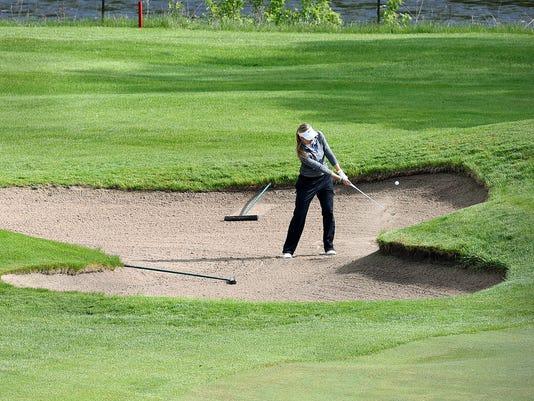 635986497560659971-Golf-tourney-3.jpg