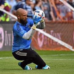 Tim Howard apologizes but calls out 'fan's antagonistic behavior'