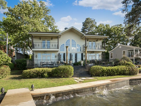 5547 S. Lakeshore Drive is listed at $525,000.