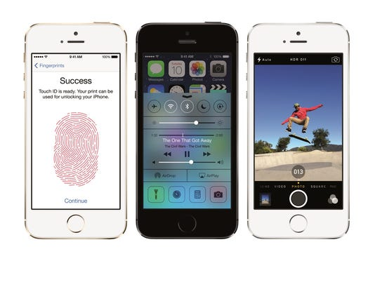Wal-Mart cuts iPhone 5 prices in stores