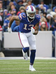 New Bills receiver Kelvin Benjamin caught 3 passes in a 47-10 loss to the Saints.