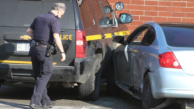 A man led several police agencies on a car chase from Rochester to Greece.