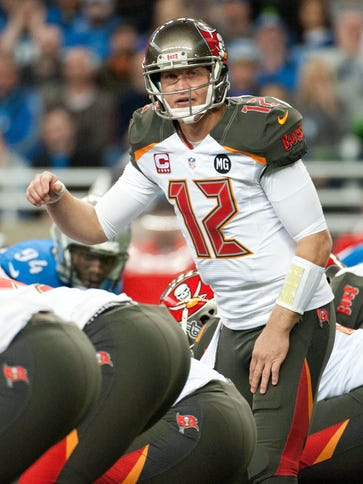 Quarterback Josh McCown (12) is headed to the Cleveland