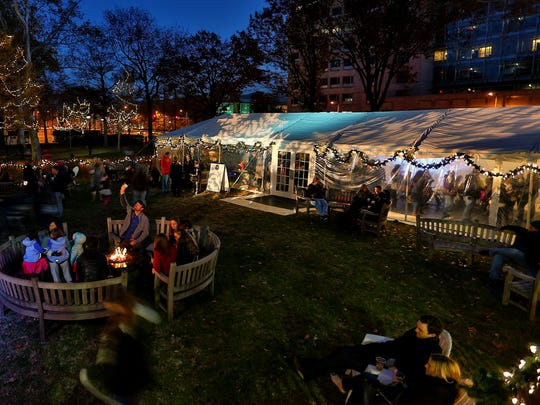 Philadelphia's Franklin Square is hosting a Holiday Festival this season.