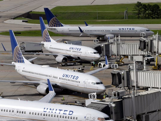 AP UNITED AIRLINES-PILOTS F A FILE USA TX