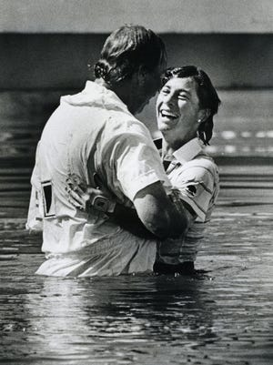 Amy Alcott's leap into Poppies Pond in 1988 with caddie Bill Kurre.