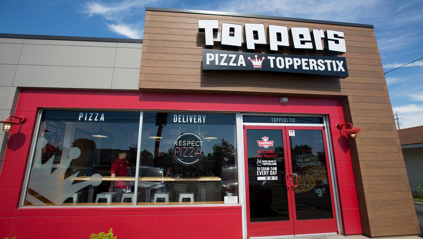Local toppers pizza manager rises to top junglespirit Image collections
