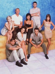 "The cast of ""Beverly Hills 90210"" in 1998."