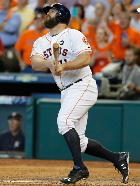 Astros' Evan Gattis has sports hernia surgery, out 4-6 weeks