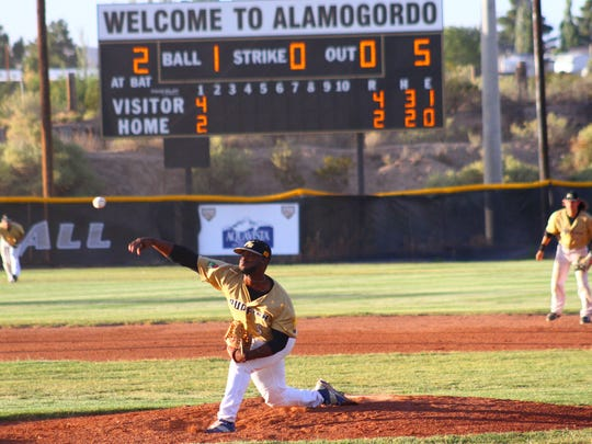 Demetrus Ingram throws a pitch during a game against the Tucson Saguaros on Wednesday evening.