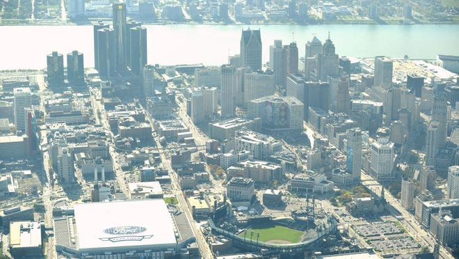 Moody's Investors Service on Tuesday announced an upgrade in Detroit's issuer rating and its outlook.