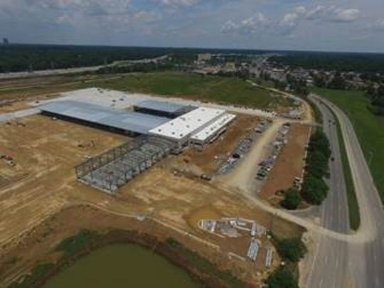 A truck dealership and technician training facility is under construction on the old Mall of Memphis site.