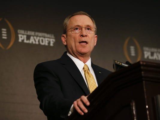 USP NCAA FOOTBALL: PLAYOFF SELECTION COMMITTEE-PRE S FBC USA TX