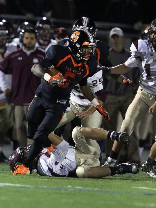 636398683376518168-Somerville-speedy-receiver-Duke-McDuffie-begins-his-first-full-season-in-the-black-and-orange.jpg
