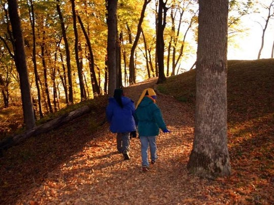 The Fire Point trail at Effigy Mounds National Monument