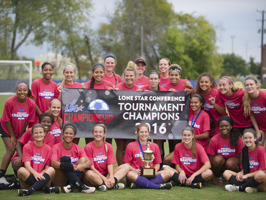 MSU soccer champs.png