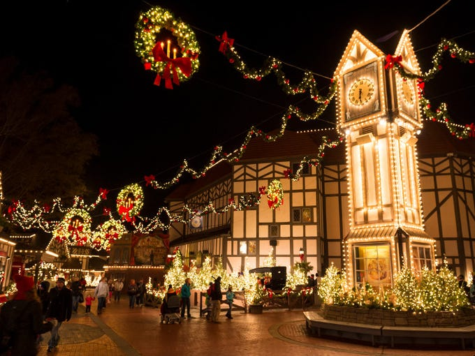 Theme park holiday celebrations 2016 for Busch gardens christmas town 2016