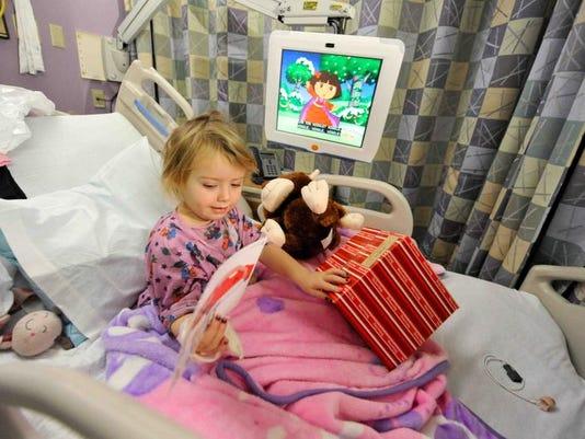 121313-hospitalholidays-erv001.jpg