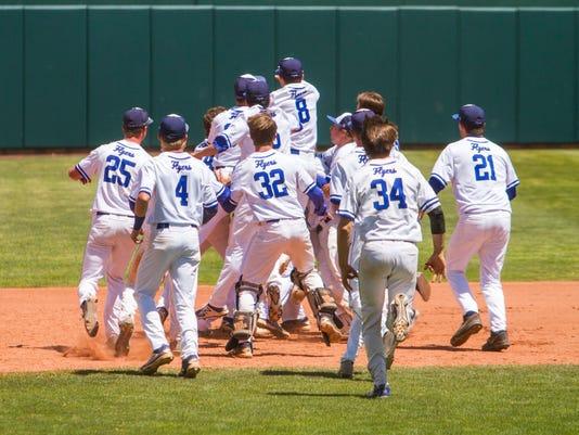 636309030528374209-STG-0520-3A-Baseball-Championship-15.jpg
