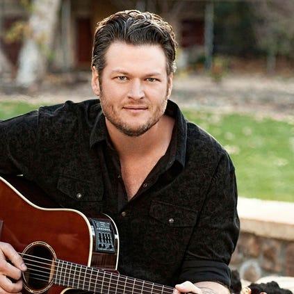 Blake Shelton.