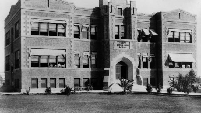 When the current Tempe High building was renovated and expanded in the 1990s, it was important to alumni and the community to maintain its 1950s look. The original red-brick exterior remains, and the school auditorium has its original birchwood seating.