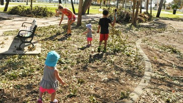 Kids chip in to clean up Cocoa Village playground