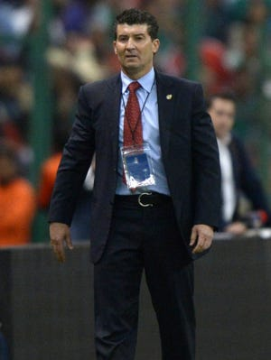 Chepo de la Torre during Mexico's 0-0 draw with the U.S. in March.