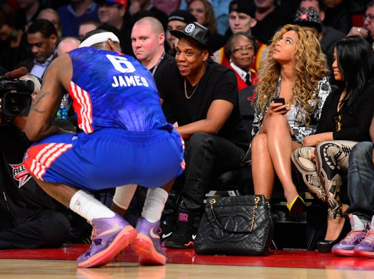 Beyonce Jay-Z courtside