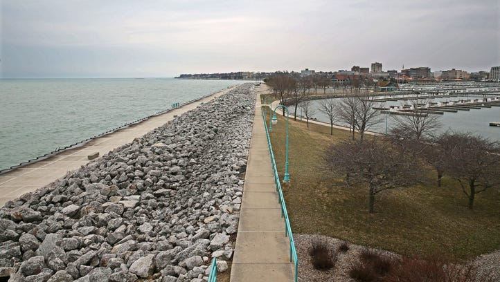 Does Foxconn's need for Lake Michigan water meet the test of the Great Lakes Compact?